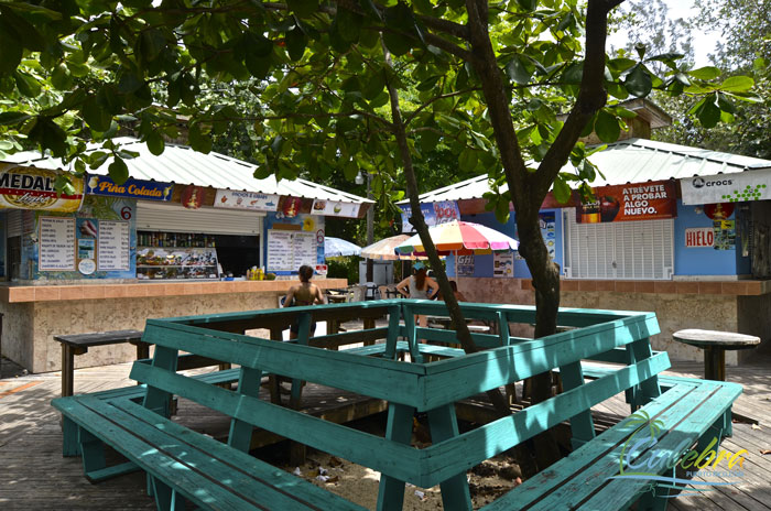 flamenco-beach-camping-food